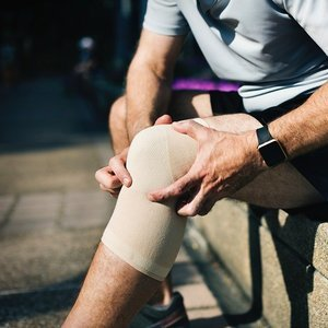 10 Tips to Deal with Osteoarthritis